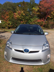 2010 Prius with camera and solar sunroof upgrades