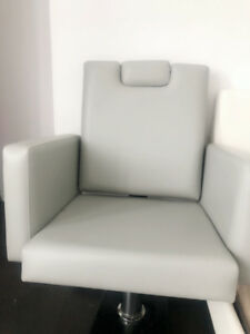 Pedicure chair is sold for half price!