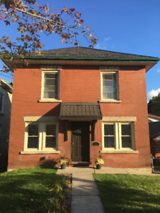 Downtown Guelph, beautiful, newly renovated Bachelor for Nov 1!