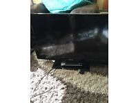 "Tosbiba 32"" LCD HD TV"