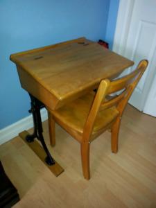 Old school desk (adjustable)