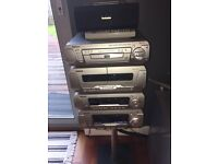 Technics 5 CD/DVD 5 speaker surround sound hifi system