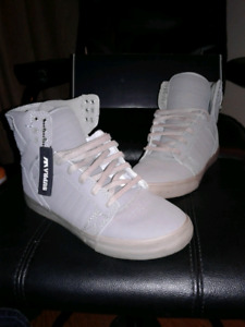 Supra high top shoes. Grey
