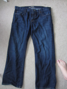 Old Navy Jeans - Straight cut