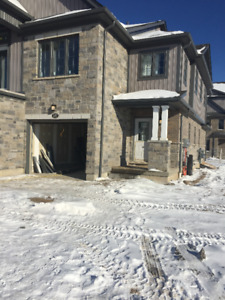BEAUTIFUL 3 BEDROOM TOWNHOUSE FOR RENT - DOON SOUTH