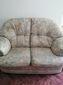 2 seater sette and 2 matching armchairs