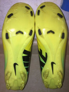 Nike Mercurial Outdoor Soccer Cleats Size 7 London Ontario image 3