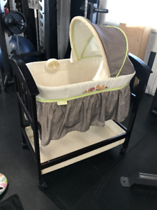 Summer infant bassinet & other baby itema