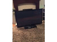 """Nice big TV for sale - 42"""" LG with built in freeview"""