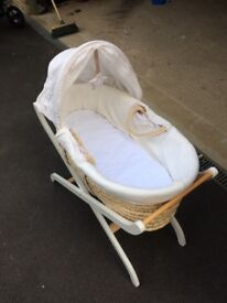 Moses Basket and Frame