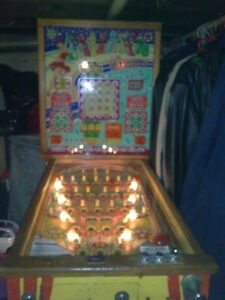 WOW!!!! PIN BALL MACHINE FOR SALE Windsor Region Ontario image 1