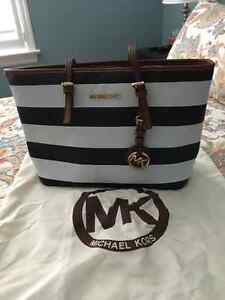 New Michael's Kors Blue and White hand bag