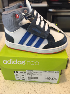 adidas size 5 (toddler) brand new w/tags