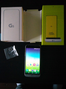 Unlocked LG G5 Cracked Glass 100% Working