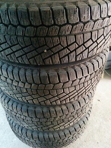 (4) X CONTINENTAL WINTER TIRES ON RIMS - 195/60/15