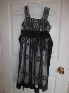 Dresses size 10/12 in great condition