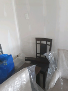 4Dinning room chairs