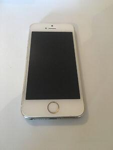 IPHONE 5S 16GB GOLD COMME NEUF!! TELUS/KOODO/PUBLIC MOBILE