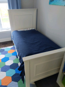 Solid Wood Single Bed and Natutal Mattress
