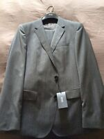 Hugo Boss suit size 42 regular. Slim fit