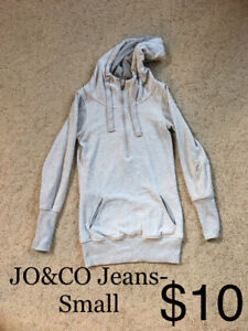 JO &CO Jeans sweater- Small