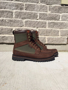 Mens Timberland Boots. Size 8.5. Worn 4 times.