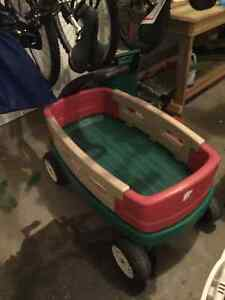 Little tikes wagon with removable sides Kitchener / Waterloo Kitchener Area image 1