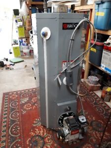 Brock Oil Hot Water Tank, Excellent Condition