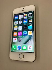 iPhone 5 - GOLD - Unlocked - 16 GB - Works with all carriers