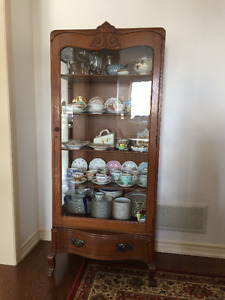 Lovely One Door China Cabinet