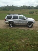 2003 Jeep Cherokee Limited Edition with 4'' skyjacker lift kit.
