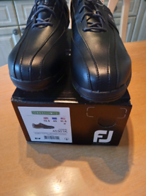 Footjoy Greenjoys golf shoes New. £40.
