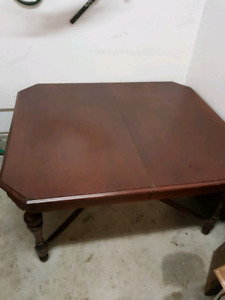 Solid Antique-ish Cherry Dining Room Table
