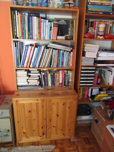 SOLID PINE BOOKCASE WITH 2-DOOR CABINET, WOODEN BOOKCASE SHELVES West Island Greater Montréal image 1