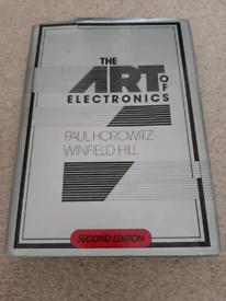 The Art of Electronics, Horowitz & Hill