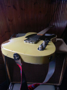 1953 Fender Esquire (Telecaster) with 1954 Stratocaster Case