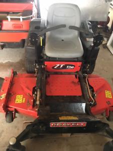 Gravely ZT 52HD zero turn lawn mower