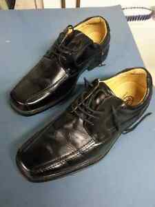 Youth/Mens dress shoes