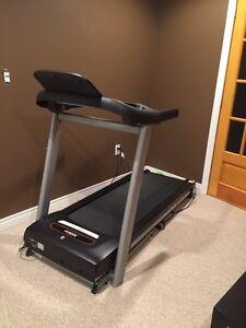 Tempo Fitness 632T Treadmill - Like New