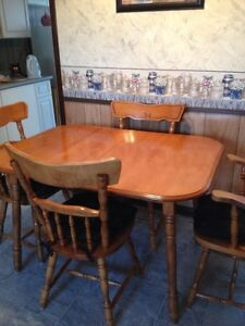 HOUSEHOLD FURNITURE FOR SALE - prices listed OBO London Ontario image 2