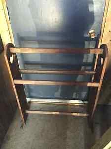 Oak quilt rack. New price now $10 Kawartha Lakes Peterborough Area image 1