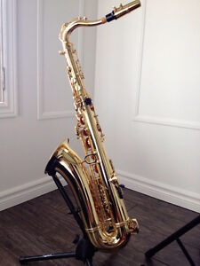 Jupiter Tenor Saxophone * NEW Condition! Incl. Accessories