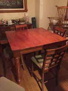 Counter Height Dining Room Table and Chairs Oakville / Halton Region Toronto (GTA) image 1