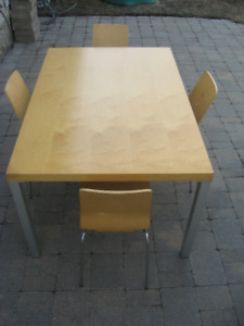 EQ3 Kitchen Table & 4 Chairs.