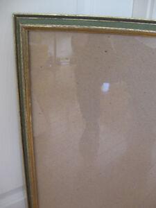 LARGE FANCY-GROOVED VINTAGE GLASSED PICTURE FRAME