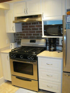 large newly renovated duplex in Kerrisdale/Dunbar