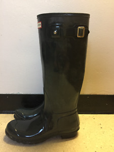 Hunter rubber boots (NEED GONE ASAP)
