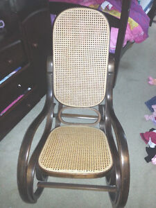 SOLID WOOD ROCKING CHAIR-need minor repair (NORTH VANCOUVER)