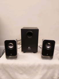 Logitech speakers set