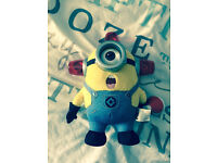 Dispicable Me Bee Doo Fireman Minion